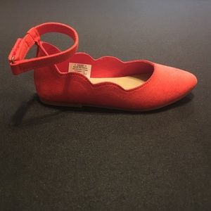 Old Navy Red Scalloped Ballet Flats